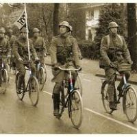 The Netherlands in WWII : Soldiers on Bikes